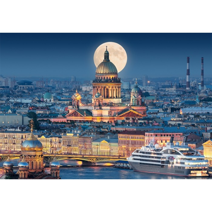 Fullmoon over St. Isaac's Cathedral